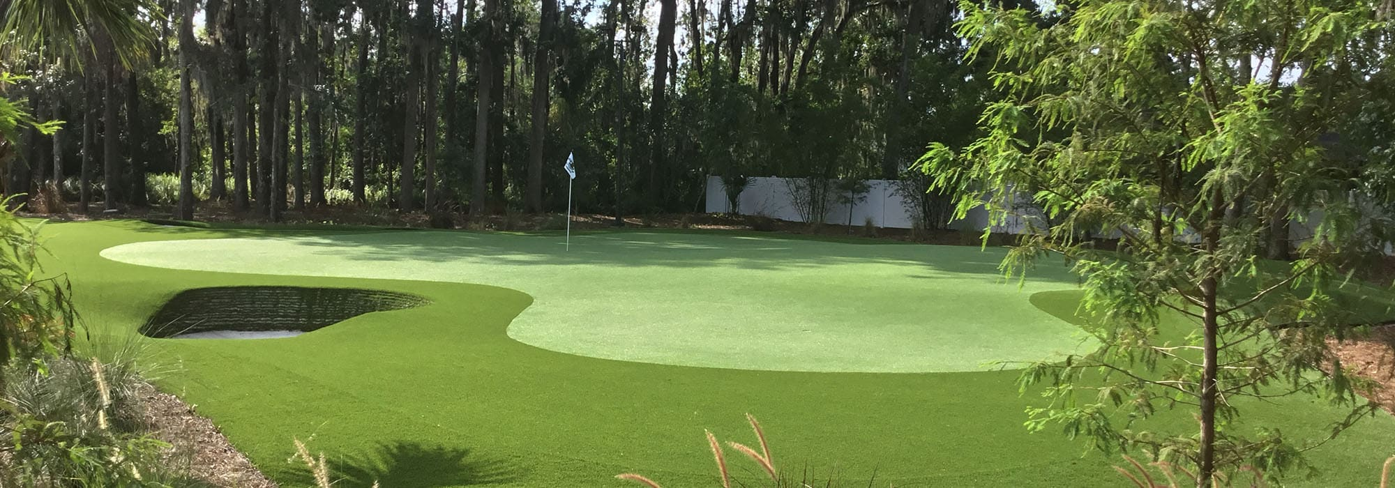 synthetic turf private putting green